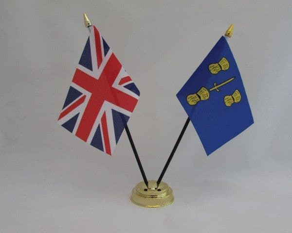 Cheshire with UK Friendship Table Flag