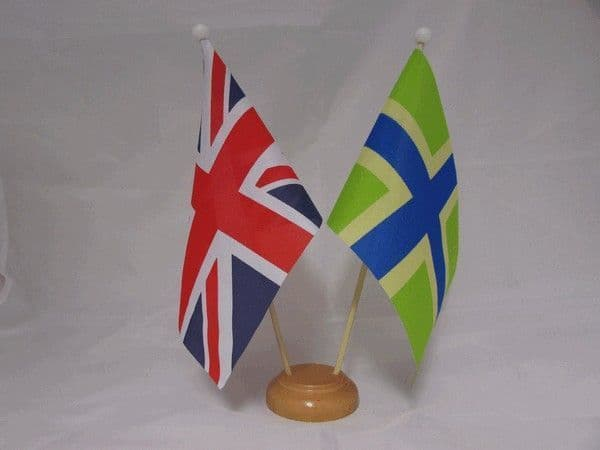Gloucestershire Friendship Wooden Table Flag