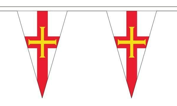 Guernsey Triangle Bunting (5m) - 12 Flags
