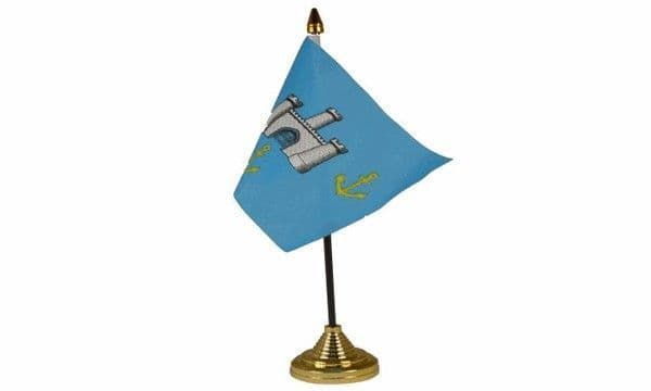 Isle Of Wight Old (Castles) Table Flag