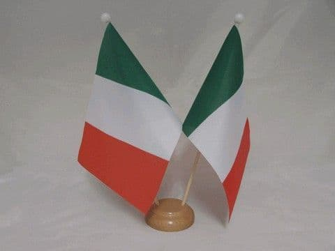 Italy Double Wooden Table Flag