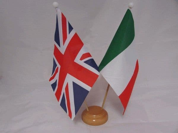 Italy Friendship Wooden Table Flag