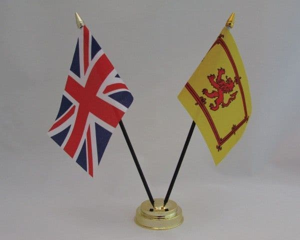 Scotland Lion with UK Friendship Table Flag