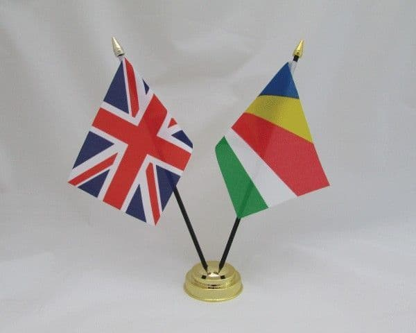 Seychelles with UK Friendship Table Flag