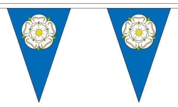 Yorkshire Triangle Bunting (5m) - 12 Flags