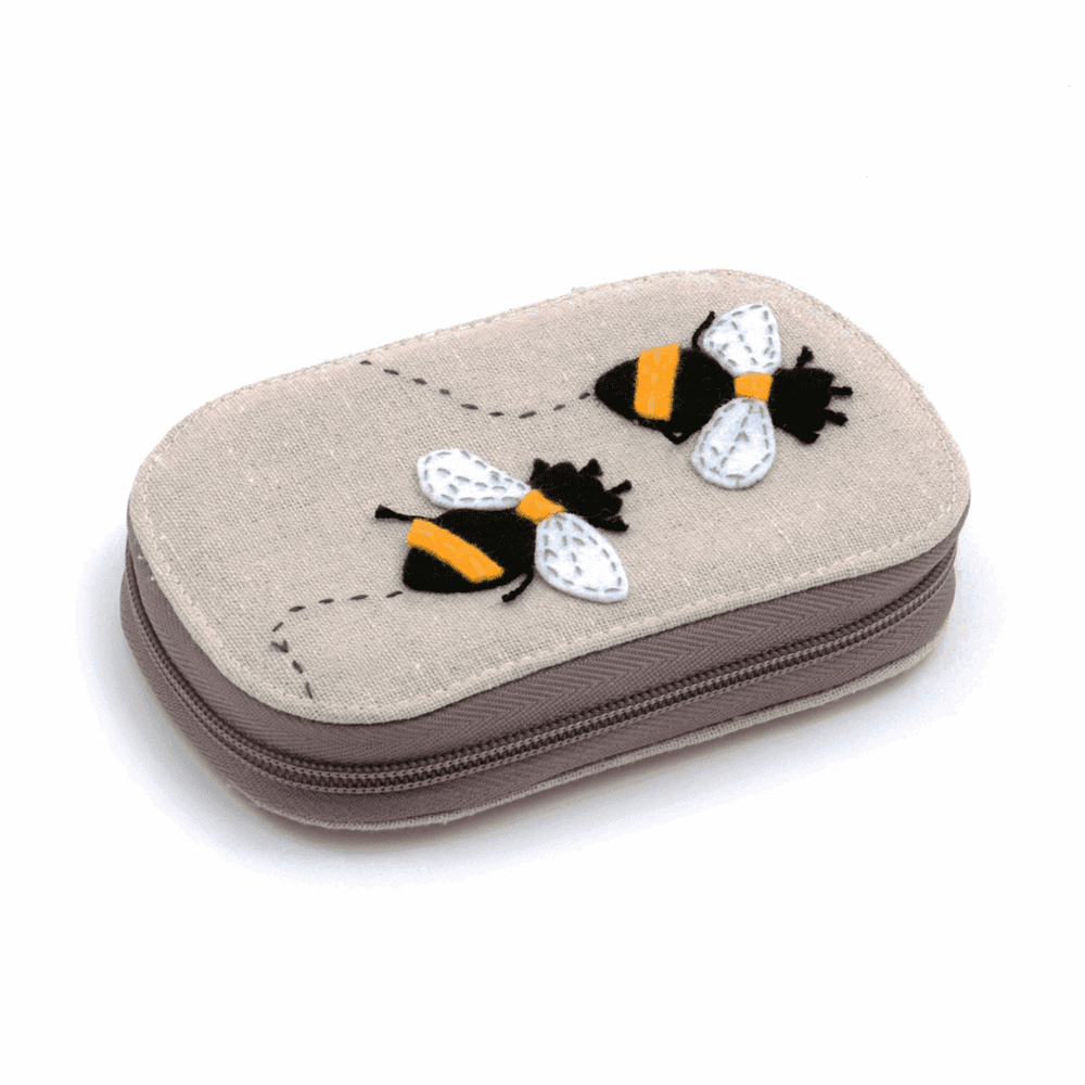 Premium Novelty: Applique Sewing Kit: Zip Case with Contents: Bee TK05A\347