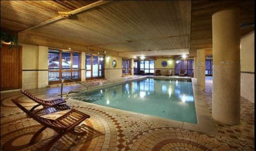 Alpine Charms Les Arcs 2000 Self Catered Ski Apartment Arolles Neige Arcs 2000, sleeps 6 with swimming pool, sauna, fitness room and wifi - Family ski holiday in Paradiski, French Alps, France
