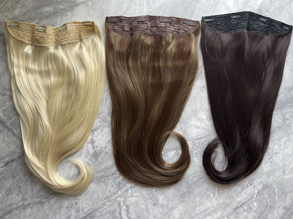 Multi - Layered Clip in Hair Extensions - 1 Piece  Full Set Tongable Synthetic  Hair - 22 inches