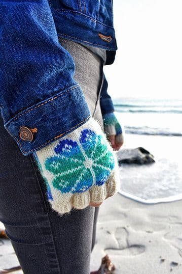 Fiesta Flooers Fingerless Gloves - Nicole Estelle Designs