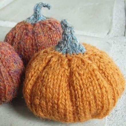 Pumpkin by Tina Vejlø Andersen - Kastaniestrik