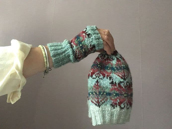 Sea Urchin Mitts  - Tracy Doxey