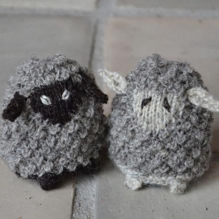 Sheep - Tina Vejlø Andersen - Kastaniestrik