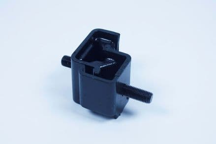 Yamaha, Front Engine Mount