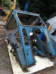 Duncan cab roadless 75 (5000) complete with brackets