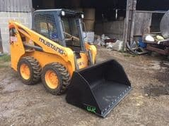 SKID STEER UTILITY BUCKETS ***4MM***