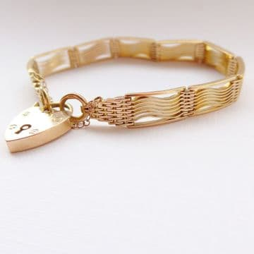 Unusual Antique Art Deco 9ct Yellow Gold Bracelet Heart Padlock Heavy c.1930's