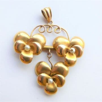 Unusual Flower Pendant 18ct Gold & Pearl Arts and Crafts  - Handmade Very Pretty